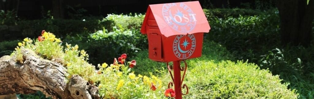 Summer Marketing Tactics for Your Next Batch of Direct Mail Postcards